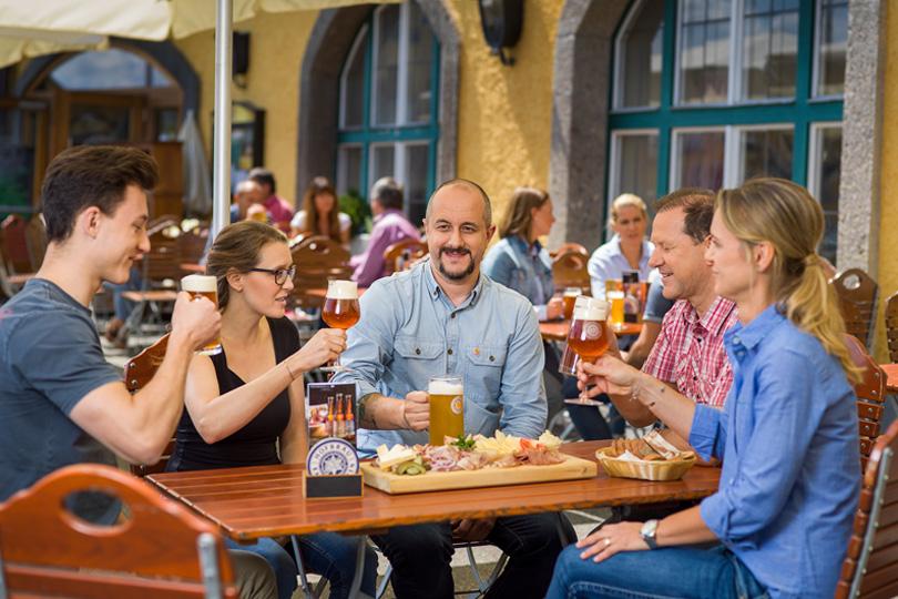 Feiern in Kaltenhausen